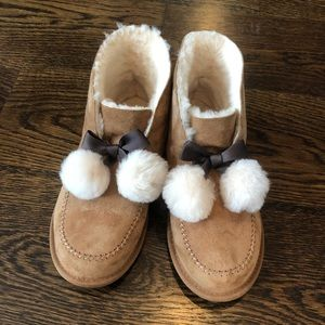 NWOT UGG Boot Slippers with POMS